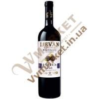 Вино Ежевика Ijevan плодовое красное полусладкое 0.75л